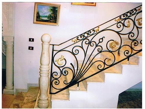 Soumbehi portes et fen tres hirondelle d co services for Images fer forge tunisie